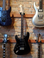 Squier Stratocaster Japan Left Hand Black